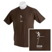 Tシャツ Focus ブラウン
